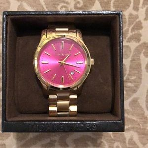 Michael Kora pink faced watch like new